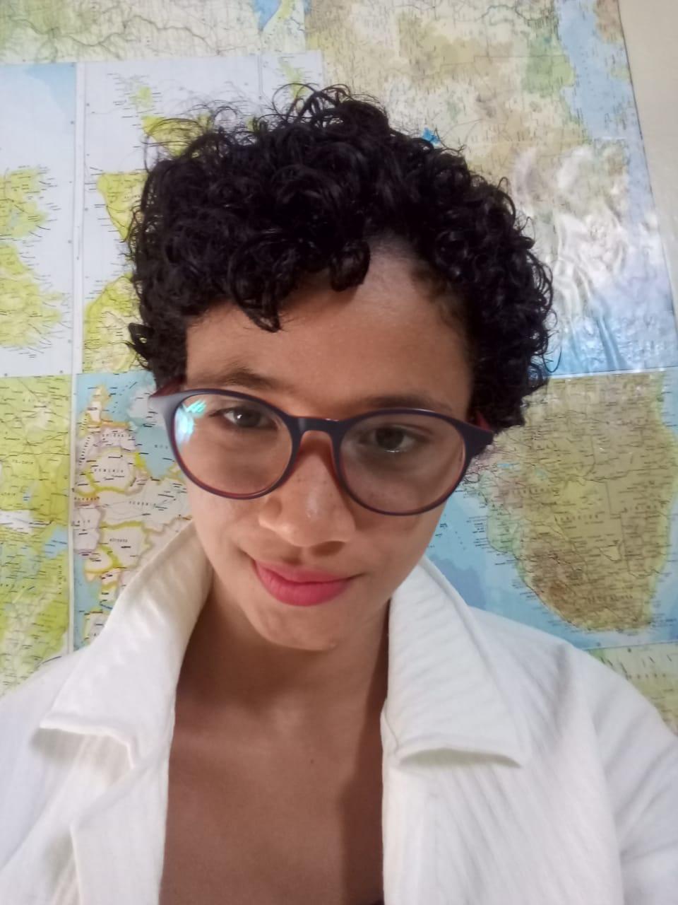 Ione Souza