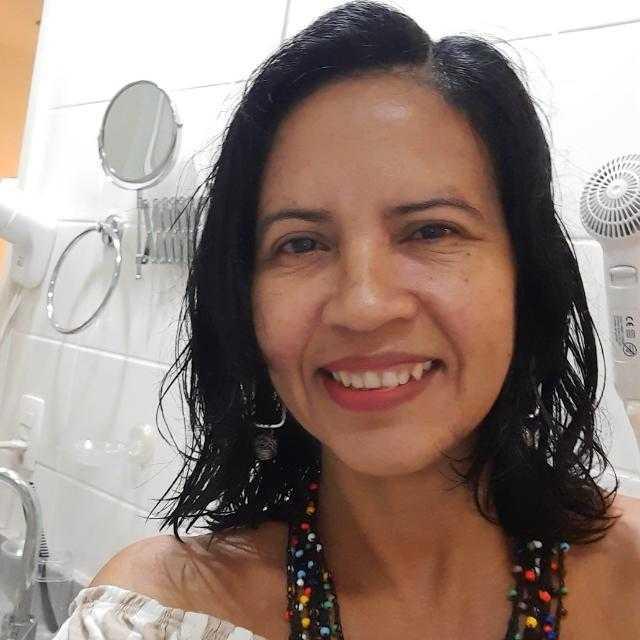Miriam Leal
