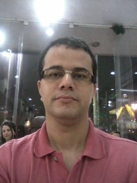 Heraldo Cruz